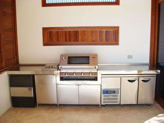 stainless-kitchen-outdoor-bench