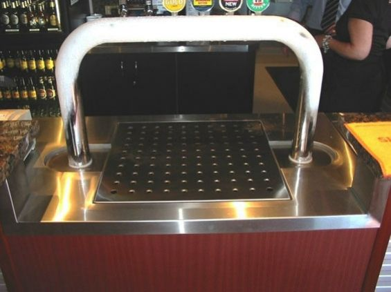 stainless-steel-bar-top-3